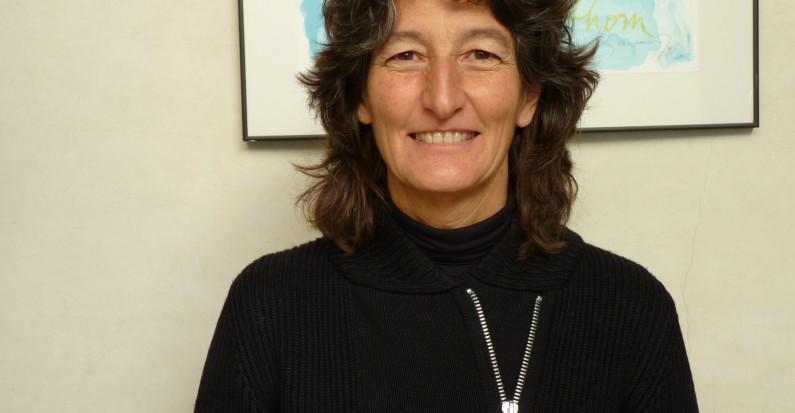 Maria Luisa Vázquez Navarrete biblioteca virtual de enfermagem cofen entrevista