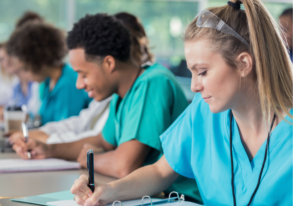 Uma Análise Sobre a Expansão do Ensino de Enfermagem no Brasil