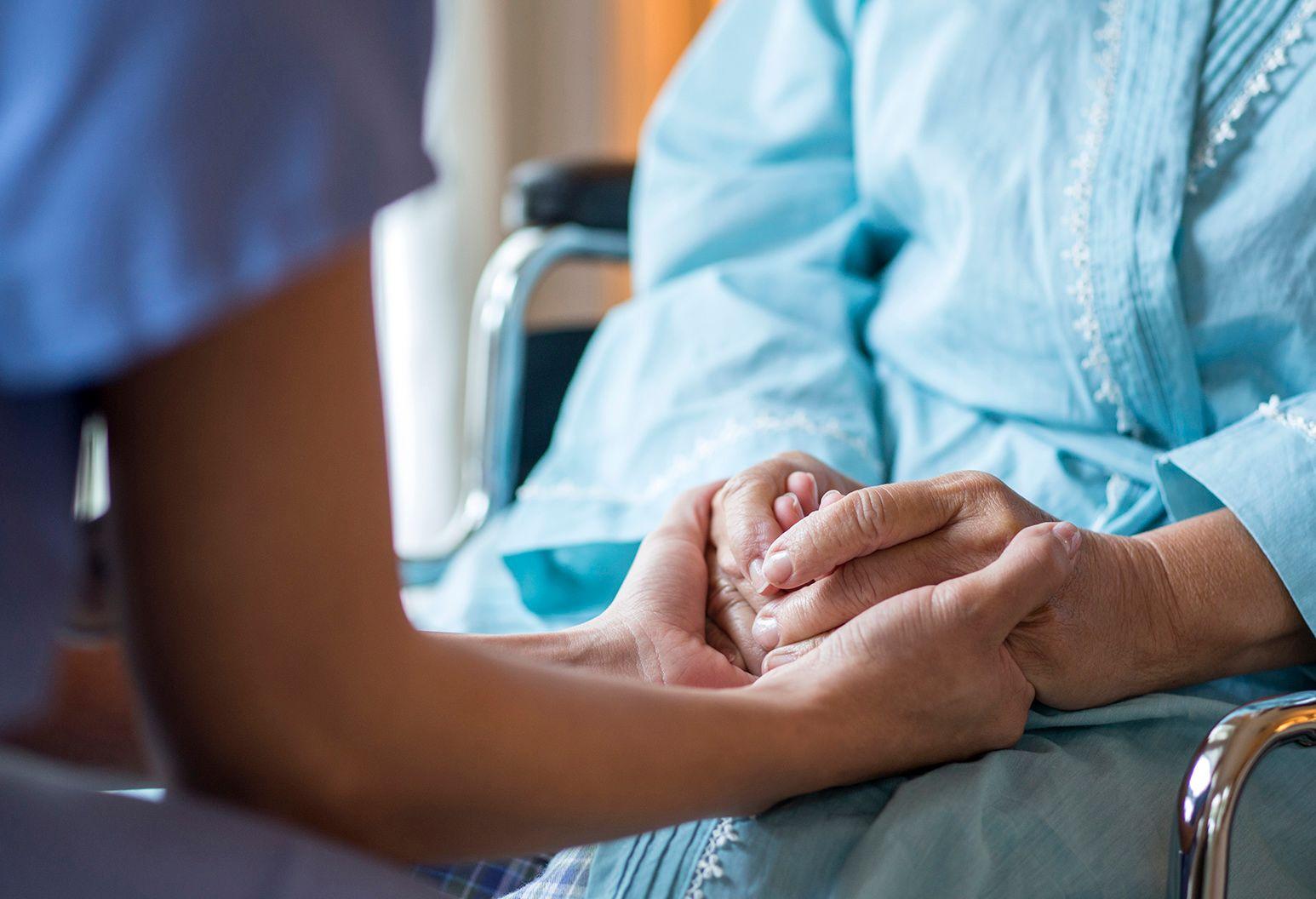 Aspectos Éticos no Cuidado de Enfermagem ao Idoso em Cuidados Paliativos